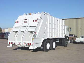 R 9025 3 Split Body Rear Loader